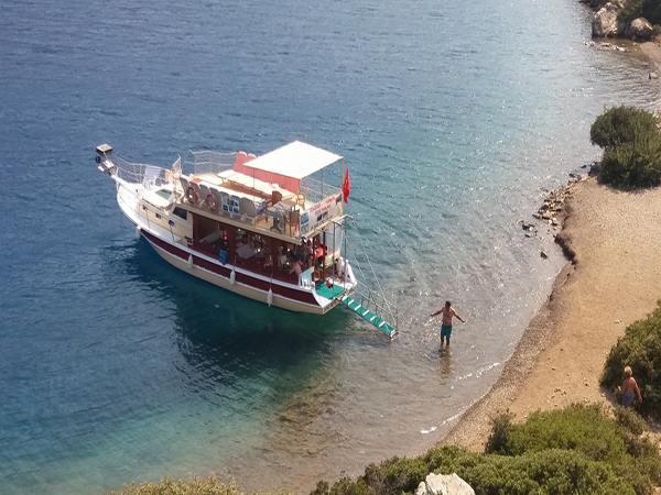 Denizbey-1 Günlük Gezi Teknesi